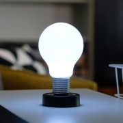 LOOOQS Push lamp - Zwart