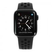 Apple Watch Series 4 Nike+ - boîtier en aluminium gris 40mm - bracelet sport noir (GPS+Cellular)