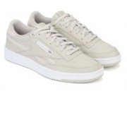 REEBOK CLASSICS REVENGE PLUS MU Sneakers For Men(Grey)
