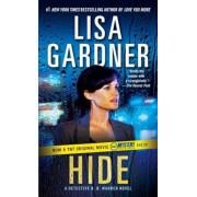 Hide: A Detective D. D. Warren Novel, Paperback