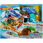 Игрален комплект Hot Wheels, битка с акула и количка, 1720036