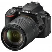 Nikon Aparat D5600 + Obiektyw 18-140mm VR
