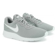 Nike TANJUN Sneakers For Men(Grey)