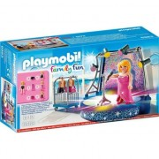 Playmobil Family Fun - Cantareata pe scena