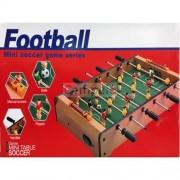 Joc de fotbal din lemn