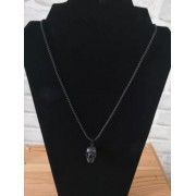 Collier T