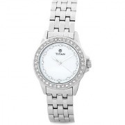 Titan Quartz White Round Women Watch 9798SM02