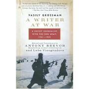 A Writer at War: A Soviet Journalist with the Red Army, 1941-1945, Paperback