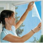 Plasa anti insecte pentru geam