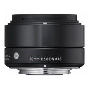 SIGMA 30mm f/2.8 DN Art Sony E Preta