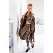 Die moderne Hausfrau Módní pončo s kožešinou