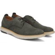 Clarks Flexton Plain Brown Nubuck Corporate Casual For Men(Brown)