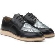 Bata KIARA Casual Shoes For Women(Black)