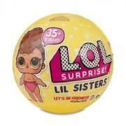 Surprise, Lil Sisters