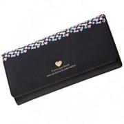 Fekete, kicsi színes szívecskés pénztárca