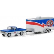 Hitch and Tow Series 12 - 1970 Ford F-100 STP and STP Racing Trailer Solid Pack 1 64