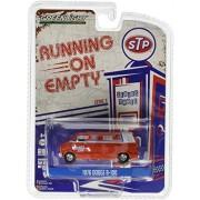 Greenlight, LLC Greenlight 1:64 Running Vacty Series 3 1976 Dodge B-100 STP