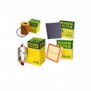 Pachet filtre revizie VW Polo Classic 60 1.4 60 CP 12.1995 09.2001 Mann-Filter