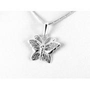 Áttört mintás, díszes pillangó ezüst medál