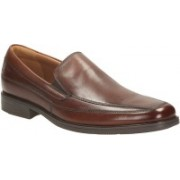 Clarks Tilden Free Brown Leather Slip On For Men(Brown)