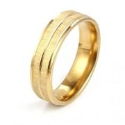 Arany színű, anyagában mart nemesacél gyűrű ékszer