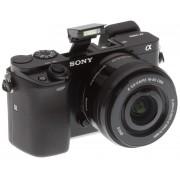 Sony Alpha A6000 + objektiv 16-50mm, černá