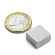 Magnet neodim bloc, 15x15x8 mm, putere 7,6 kg