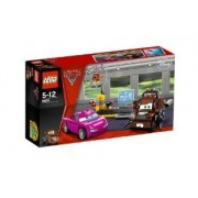 Lego (Lego) Cars 8424: Mater'S Spy Zone block toy (parallel import)