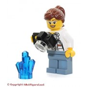 LEGO City: Volcano Explorers MiniFigure: Female Scientist (w/ Rock Crystal) 60120