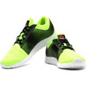 REEBOK Z Run Running Shoes For Men(Green, Black)