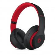 Beats Studio3 Wireless - професионални безжични слушалки с микрофон и управление на звука за iPhone, iPod и iPad (черен-червен)