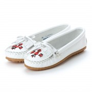 【SALE 34%OFF】ミネトンカ Minnetonka Moccasin Shoes THUNDERBIRD II (ホワイト) レディース