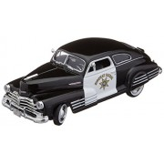 Motormax 76454 1948 Chevrolet Aerosedan Fleetline Highway Patrol Police 1-24 Diecast Car Model