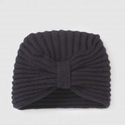 Muts in tricot, turban model
