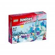 ZONA DE JUEGOS INVERNAL DE ANNA Y ELSA LEGO 10736