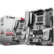 MSI X370 XPOWER GAMING TITANIUM Socket AM4 AMD X370 ATX