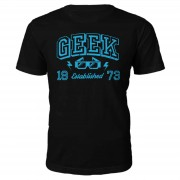 The Geek Collection Camiseta Geek Established 1972 - Hombre - Negro - L - 1973