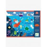 Puzzle gigante Fundo no Mar, com 24 peças, da DJECO bege medio liso com motivo