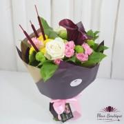 Buchet flori cale, minirose si trandafiri BF094