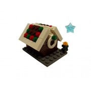 Christmas LEGO gingerbread house with Christmas tree and clickits star