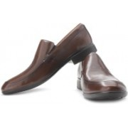 Clarks Ginsberg Way Genuine Leather Slip On Shoes For Men(Brown)