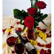 3 Trandafiri si vin rosu