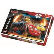 Puzzle clasic pentru copii - Fulger McQueen Cars- Cursa incredibila 100 piese