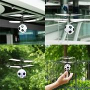 EH Suspensión Del Sensor Manual Volaba Aviones Vuelan Bolas De Camuflaje De Juguete Toy