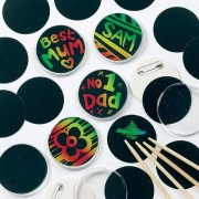 Scratch Art Badges - 10 each with 2 inserts and scratch tool. Clear plastic. Size 55mm diameter.