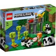 LEGO Minecraft Cresa ursilor panda No. 21158