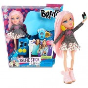 MGA Entertainment Bratz Selfie Stick Series 1o Inch Doll Set - CLOE with Earrings