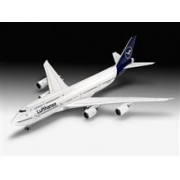 Revell Boeing 747-8 Lufthansa 'New Livery'