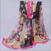 Sjal blommig paisleyliknande mönster cerice_svart