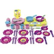 Set de bucatarie cu farfurii tacamuri si accesorii 35 piese multicolor 3 ani +